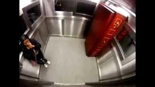 Жуткий прикол в лифте 2!!!