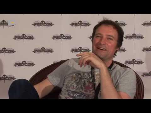 Interview with David Hewlett (Stargate Atlantis) at the FedCon 2010 by Serieasten.TV streaming vf