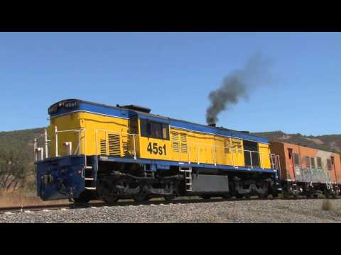 Australian Trains : ALCO Clag !!