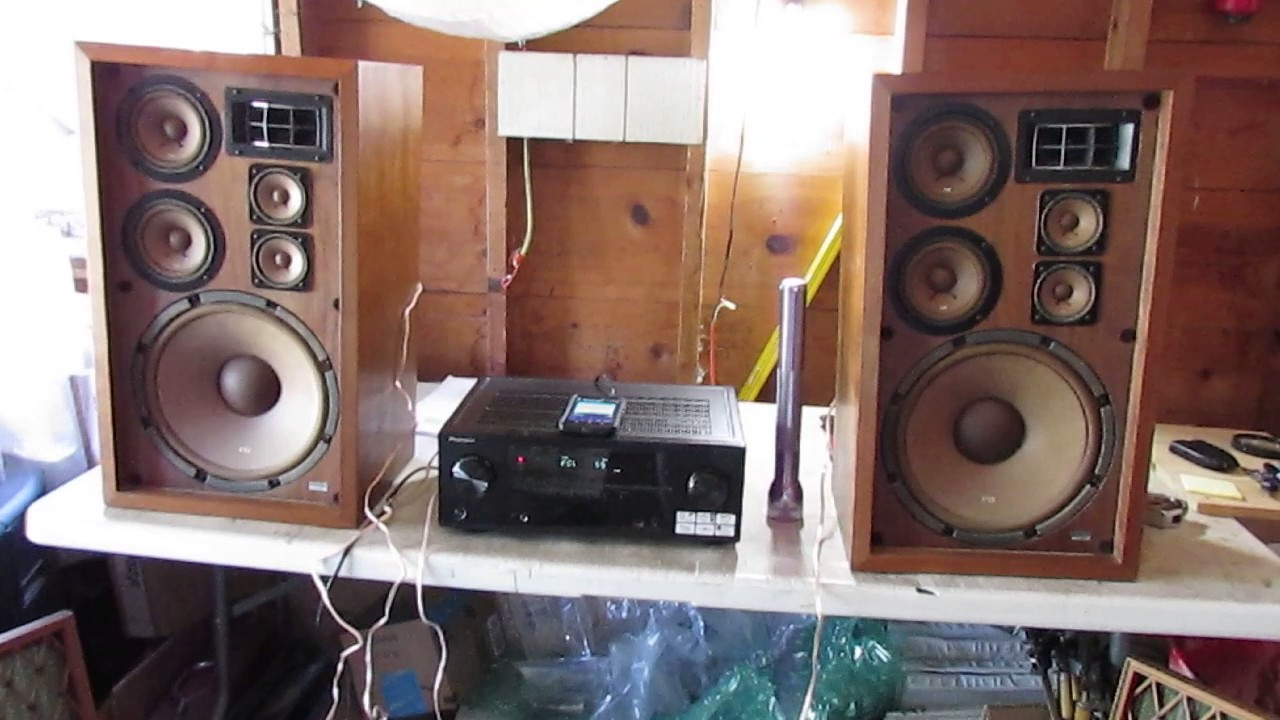 vintage pioneer cs 88a speakers rising phoenix antiques. Black Bedroom Furniture Sets. Home Design Ideas