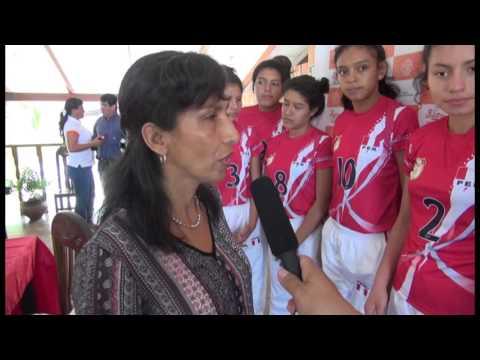 Selección de Vóley Sub 14 de la I.E. Aplicación partió a Paraguay