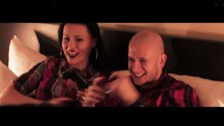 PLEXO & MUGIS - LÁVA ft. ANABELA MOLLOVÁ, MARTIN KRÁĽ + TEXT