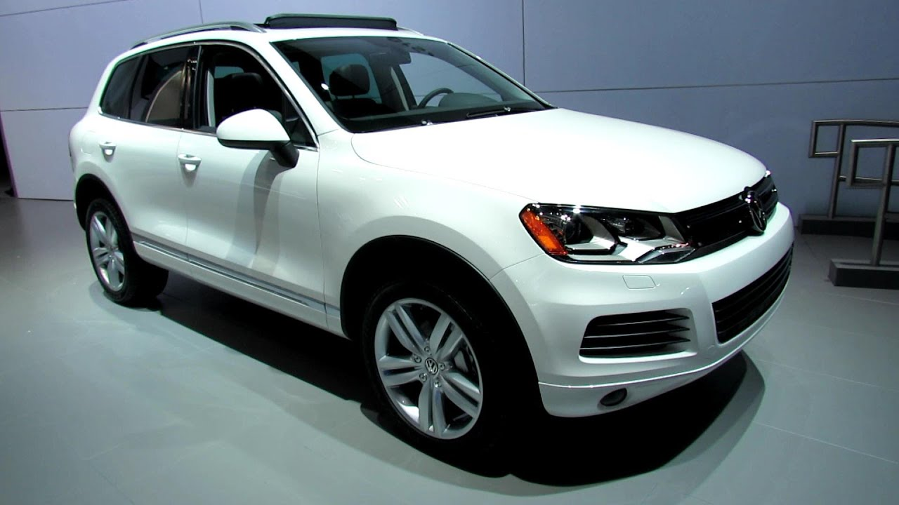 2012 volkswagen touareg tdi executive exterior and interior at 2012 new york auto show youtube. Black Bedroom Furniture Sets. Home Design Ideas