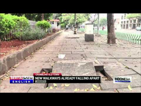New Sidewalks in Jakarta's 'Old Town' Already Falling Apart