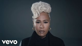 Repeat youtube video Emeli Sandé - Breathing Underwater