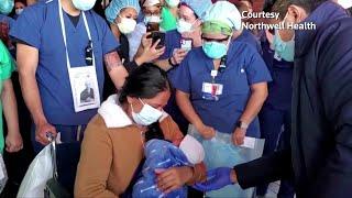Un cesareo, in coma, mentre lottava contro covid 19. poi yanira soriano, 36 anni, si è svegliata e ha potuto uscire dalla maternità di new york col suo picco...