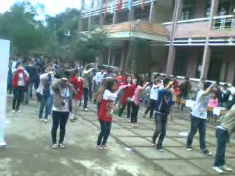 Flashmob Lê Quý Đôn Quảng Trị :D