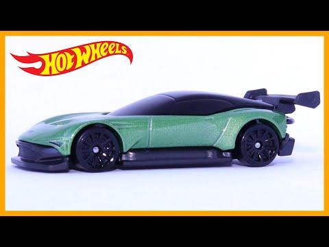 Hot Wheels Aston Martin Vulcan (1 Minute Car Review)