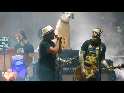 """Social Distortion with Eddie Vedder """"Ball and Chain"""" @ Ohana Fest Sept. 8, 2017"""