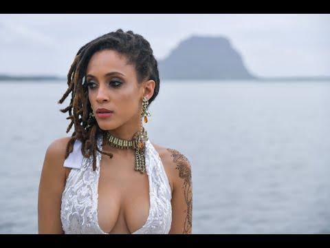 Смотреть клип Phyllisia Ross - Ou Que Tu Sois