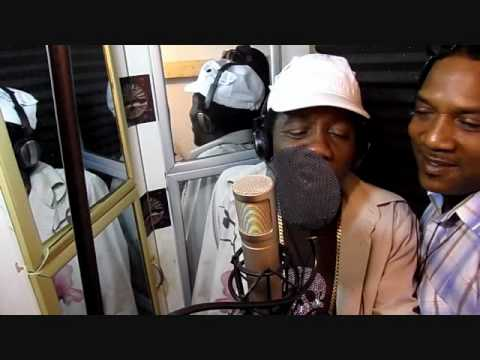 JR CAT & JR DEMUS dub session [SPOIL BRATTZ] @ Dainjamental UsA.wmv
