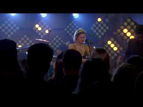 "Anne-Marie Performs ""THEN"" at MTV Wonderland"