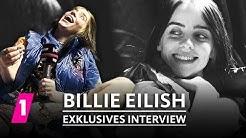 Billie Eilish im Interview beim Lollapalooza 2019 | 1LIVE Exklusiv