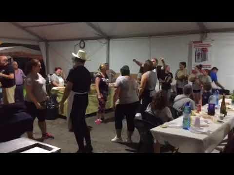 En Burela: tras la paparota, el baile