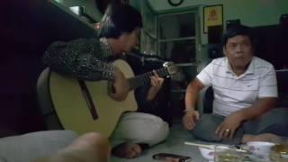 Tiếng đàn của anh Lâm Văn Hoàng
