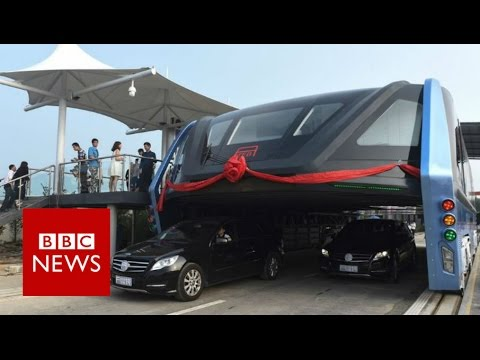 China's 'Super Bus' gets first test run - BBC News
