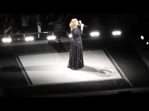 Adele Hello Live Concert Berlin 07.05.2016