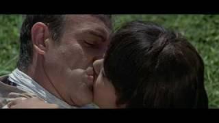 Bond Girl Kissy