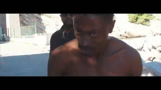 Смотреть клип Guirri Mafia - Au Fond De L'eau