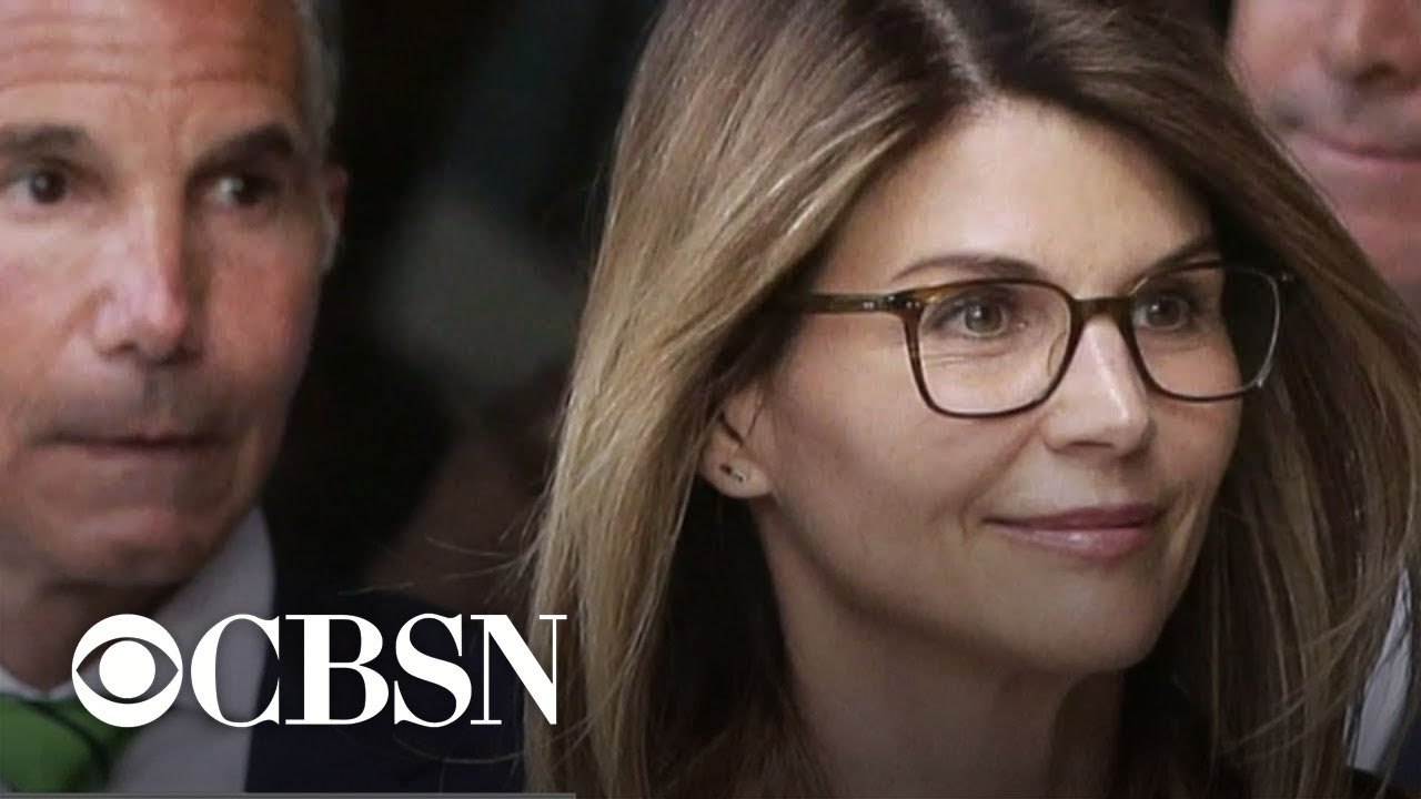 Lori Loughlin begins 2-month prison sentence in college admissions ...