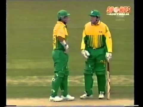 Darren Lehmann 69  Aus A vs Pakistan 1996/97