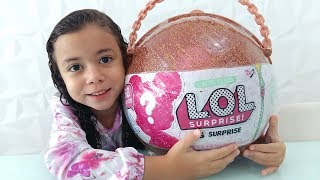 ABRINDO MINHA BIG LOL SURPRISE - Gabriela Almeida