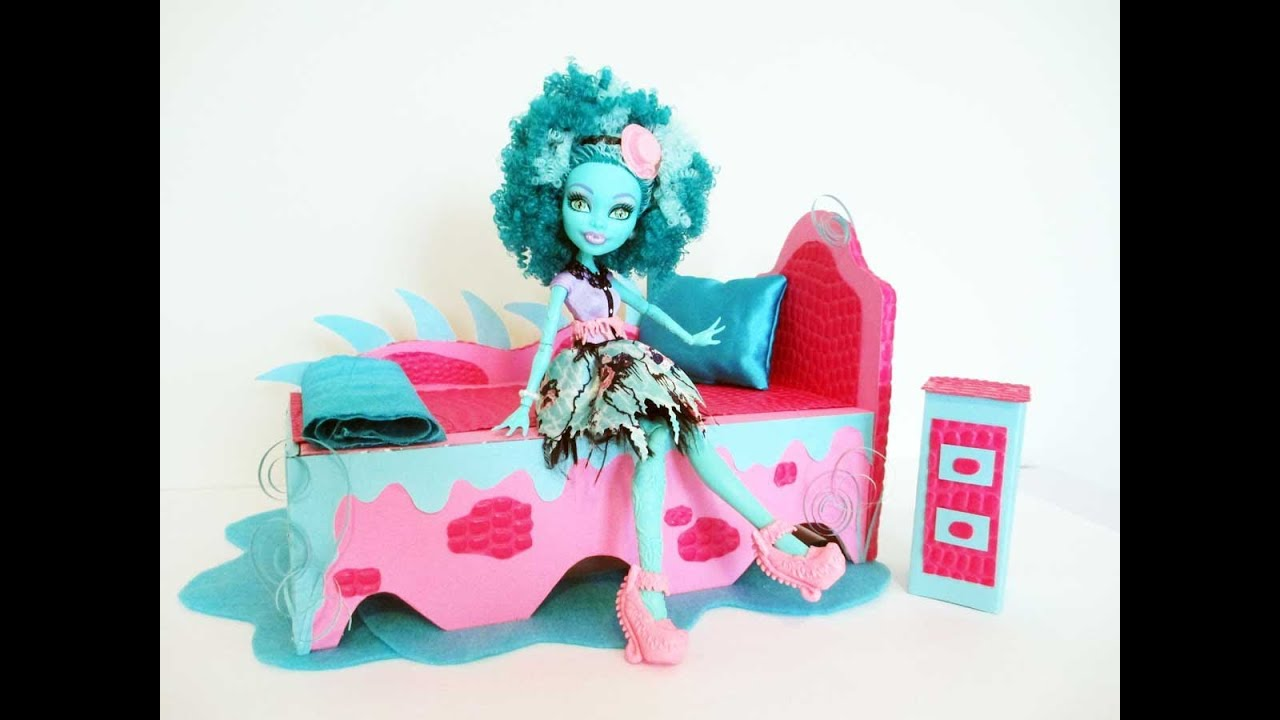 How to make a honey swamp doll bed tutorial monster high for How to make a high bed