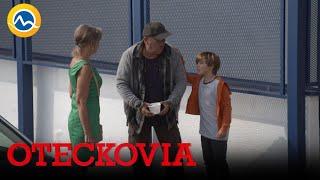 OTECKOVIA - Kapitán s Kubkom žobrú na ulici peniaze