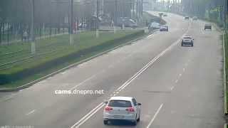 пешеход идиот,чудом выжил!18.042015