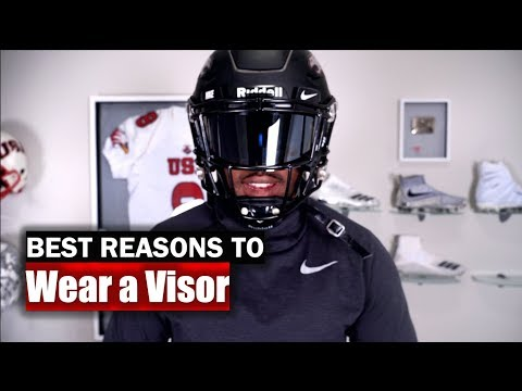 Top 5 Reasons To (and Not To) Wear A Football Visor