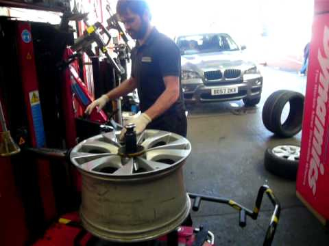 bmw run flat tyre fitting - youtube