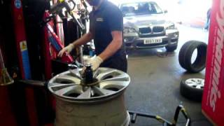 Bmw X5 Run Flat tyre fitting(Bmw X5 20