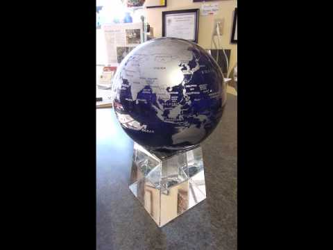 Mova Solar Powered Globe