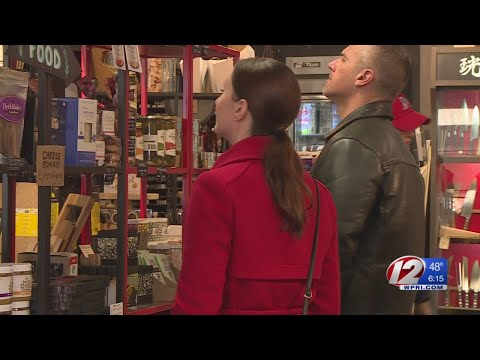 Small Business Saturday Brings Out Shoppers in Providence