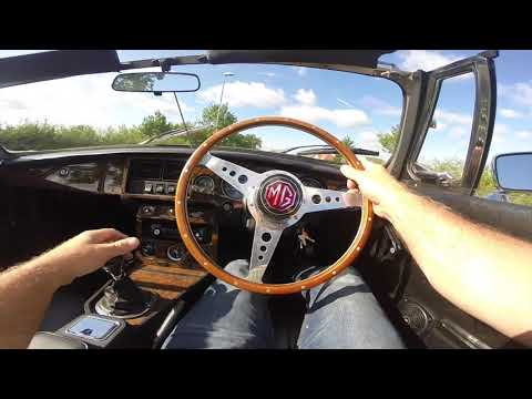 MGB Roadster with Power Steering off for an MOT - YouTube