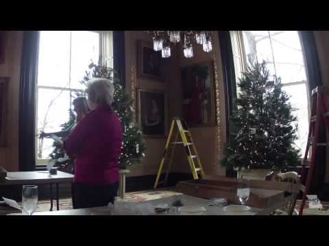 Time-lapse: Decorating the Governor