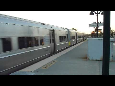 MTA LIRR: 1984-86 Budd M-3 LIRR Trains at St.Albans (4/6)