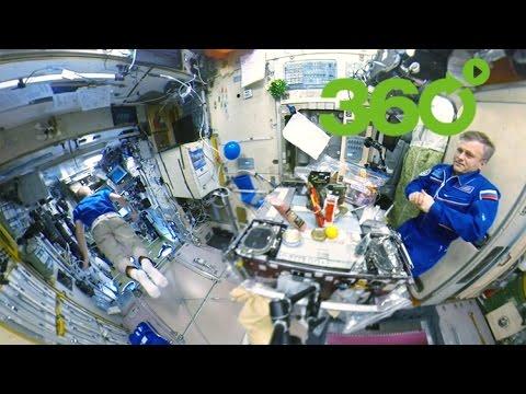 ¡Feliz Año en 360 grados desde el espacio!: Así celebraron las navidades los tripulantes de la EEI