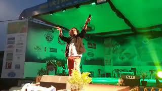 पोखरामा प्रमोद खरेलको आगो बाल्ने प्रस्तुती  Pramod Kharel live, Rastriya Audhogik Mela, Pokhara