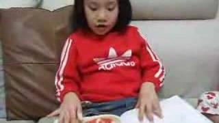 愛光講故事書名:《圓圓的野餐》/作者:林明子.