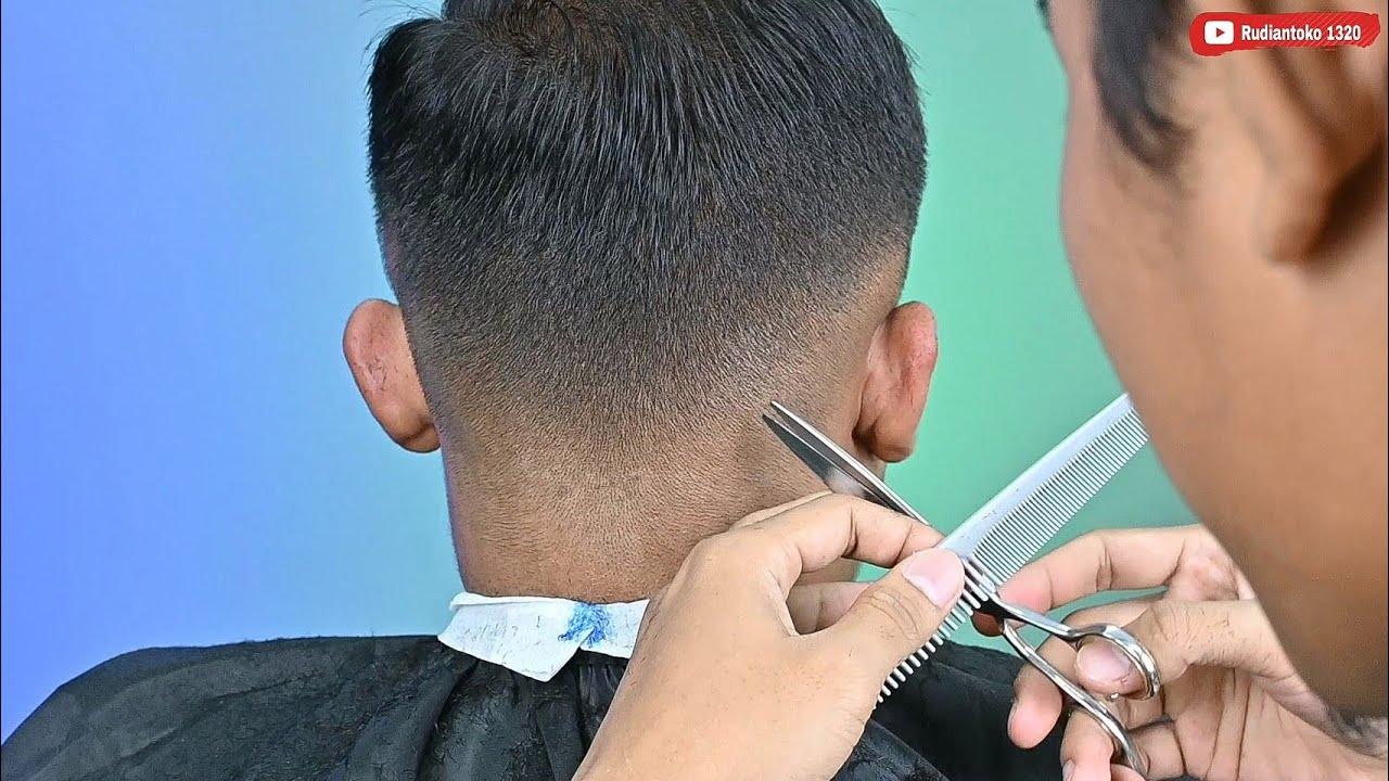 Basic haircut membuat gradasi dikepala bergelombang - Barber tutorial