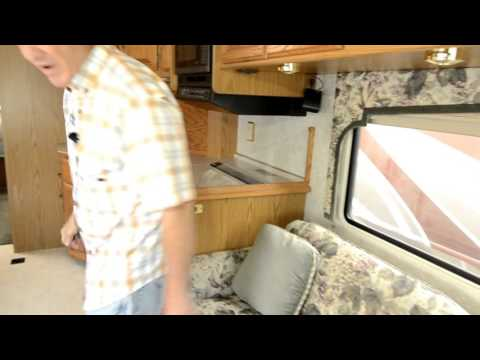 The RV Corral 1998 Itasca Sunflyer 33′ STOCK# CA 938