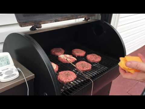 how-to-cook-hamburgers-on-a-traeger-without-flipping-them