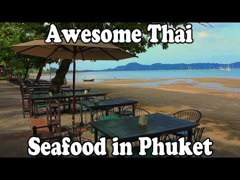 Phuket Seafood: Awesome Thai Food at a Seafood Restaurant in Phuket Thailand Vlog