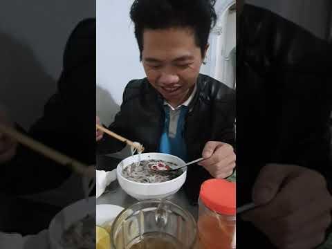 Cái Bụng Người Mông ăn ớt