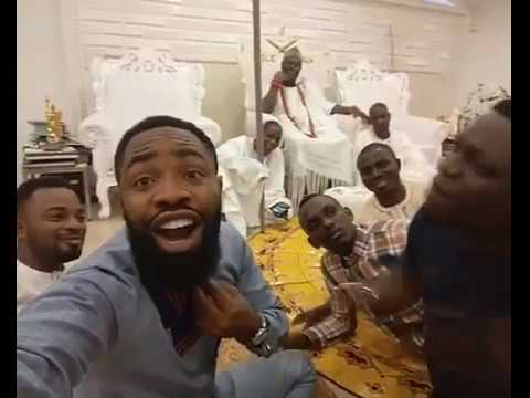 Lol! Watch Hilarious Video From Comedian Arole & His Partner As They Visit Ooni Of Ife's Palace