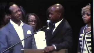 Walter Hawkins Funeral Family Remarks Part 2.wmv