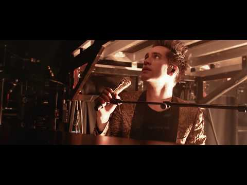 Panic! At The Disco - Nine In The Afternoon [Live from the Death Of A Bachelor Tour]