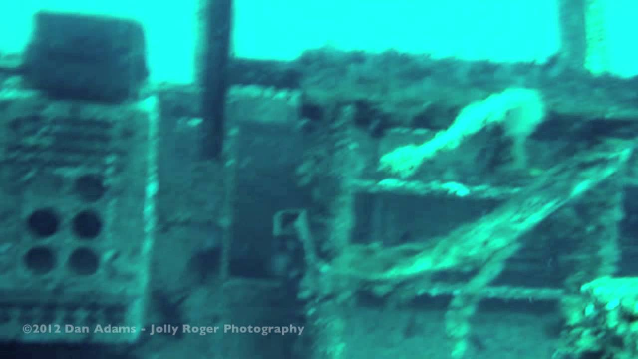USS Oriskany (CV-34) - Scuba Diving the Wreck of an Aircraft Carrier