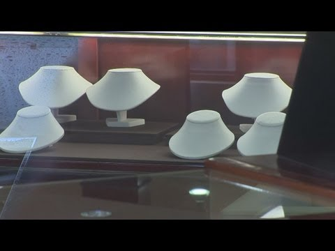 Meriden home invasion, Fairfield jewelry robbery linked